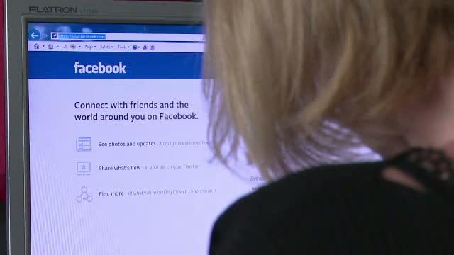 Doua adolescente din Vaslui risca inchisoare din cauza unei farse facute pe Facebook. Ce au postat pe contul unei prietene