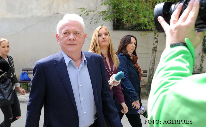 Viorel Hrebenciuc, dispus sa-si asume vinovatia in dosarele in care este cercetat. Are insa o conditie