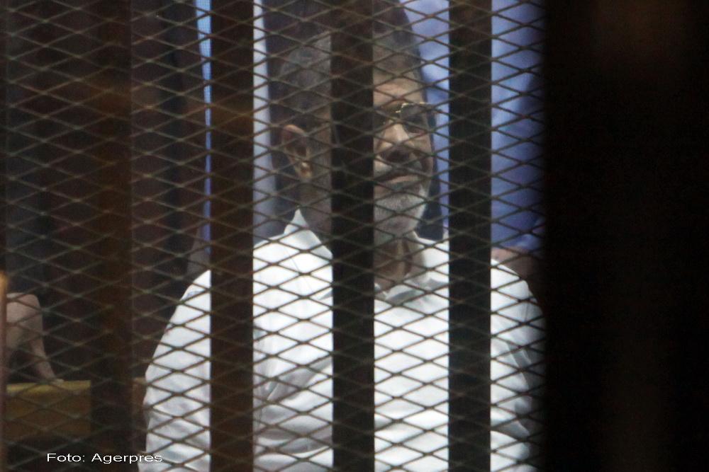 Fostul presedinte al Egiptului, Mohamed Morsi, condamnat la inchisoare pe viata pentru spionaj