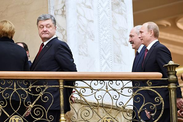 Analiza Reuters: Vestul se agata de pactul de la Minsk, Kievul are indoieli. Care ar putea fi urmatoarea mutare a lui Putin