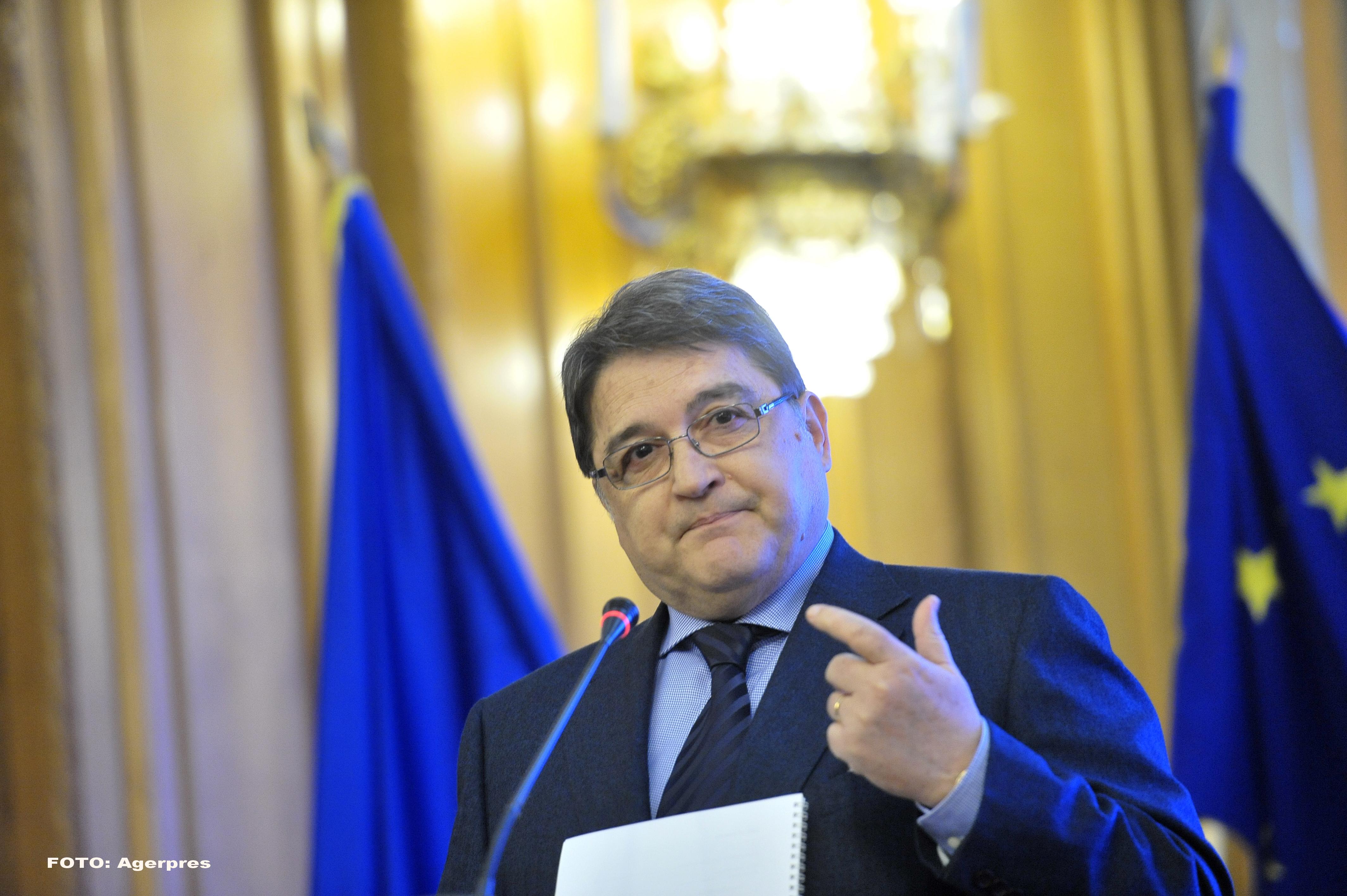 Emil Hurezeanu a fost propus oficial ambasador în Austria, iar George Maior în Iordania