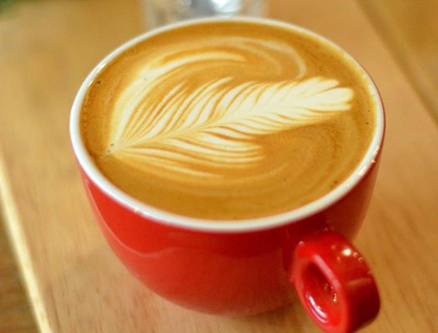 SARE in cafea, cel mai nou trend in materie de gusturi. Ce se intampla cand adaugi un praf de sare in ceasca