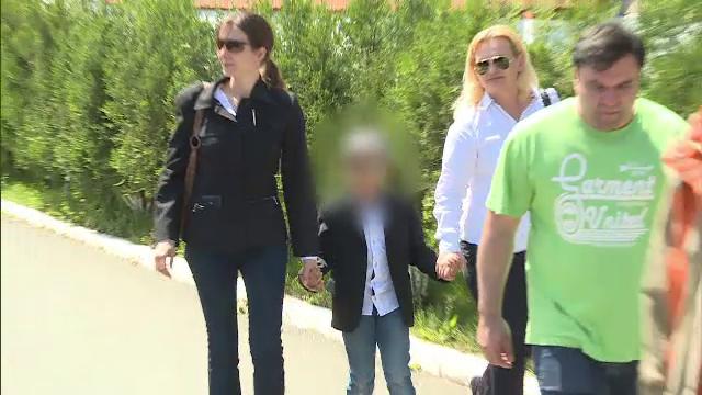 16.000 de romani cer ca Ana Maria Nedelcu sa nu fie extradata in Canada, printr-o petitie. Cand va decide instanta soarta ei