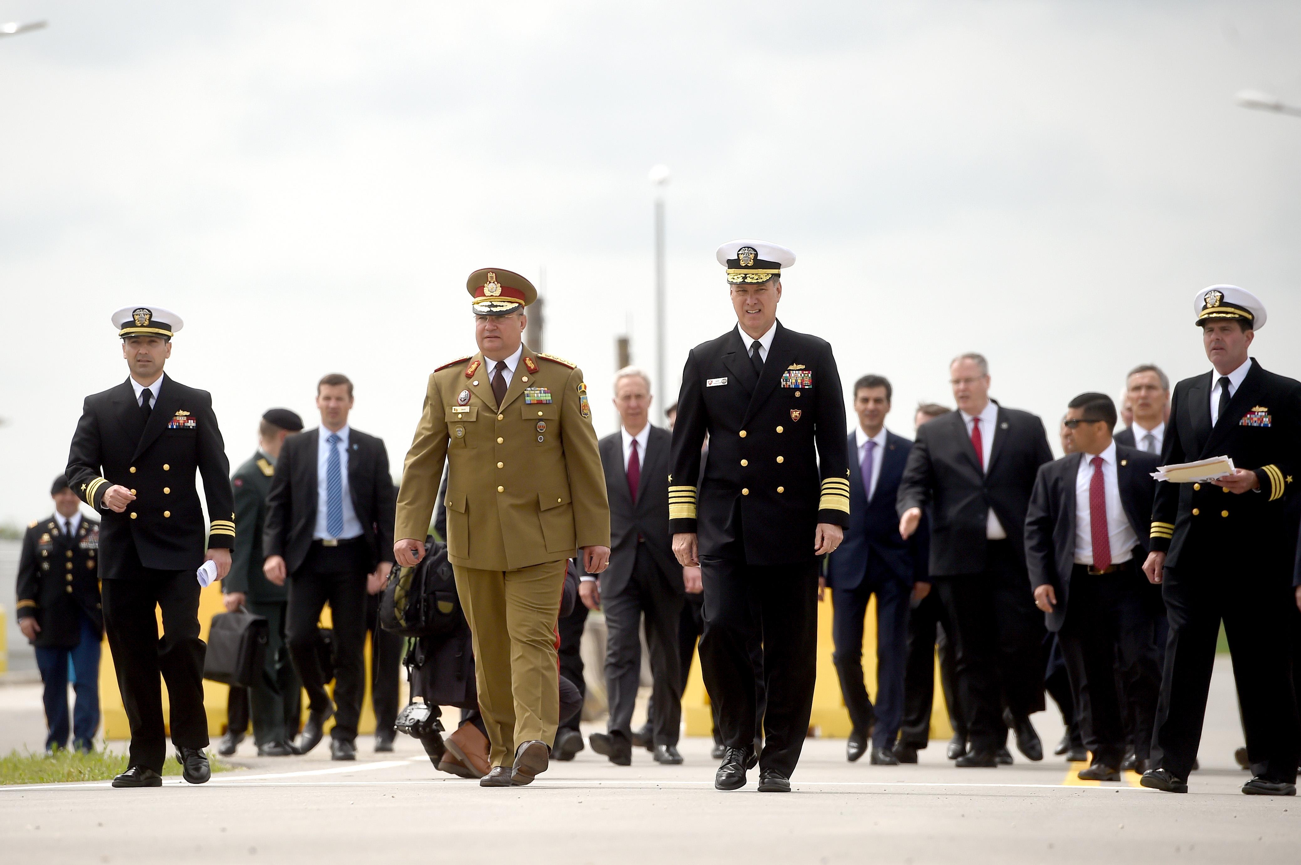 Oficialul american care a confundat Bucurestiul cu Budapesta la ceremonia de la Deveselu