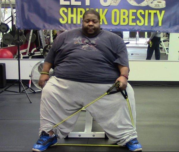 Barbatul supraponderal, care a inspirat milioane de oameni dupa ce a slabit, a murit, la 40 de ani. Care a fost cauza