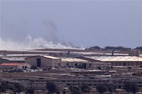 Un bombardier B-52 s-a prabusit la o baza aeriana americana din Pacific. Imagini de la locul accidentului. VIDEO