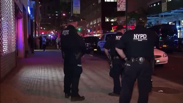 Focuri de arma in timpul concertului unui rapper celebru. O persoana a fost impuscata mortal