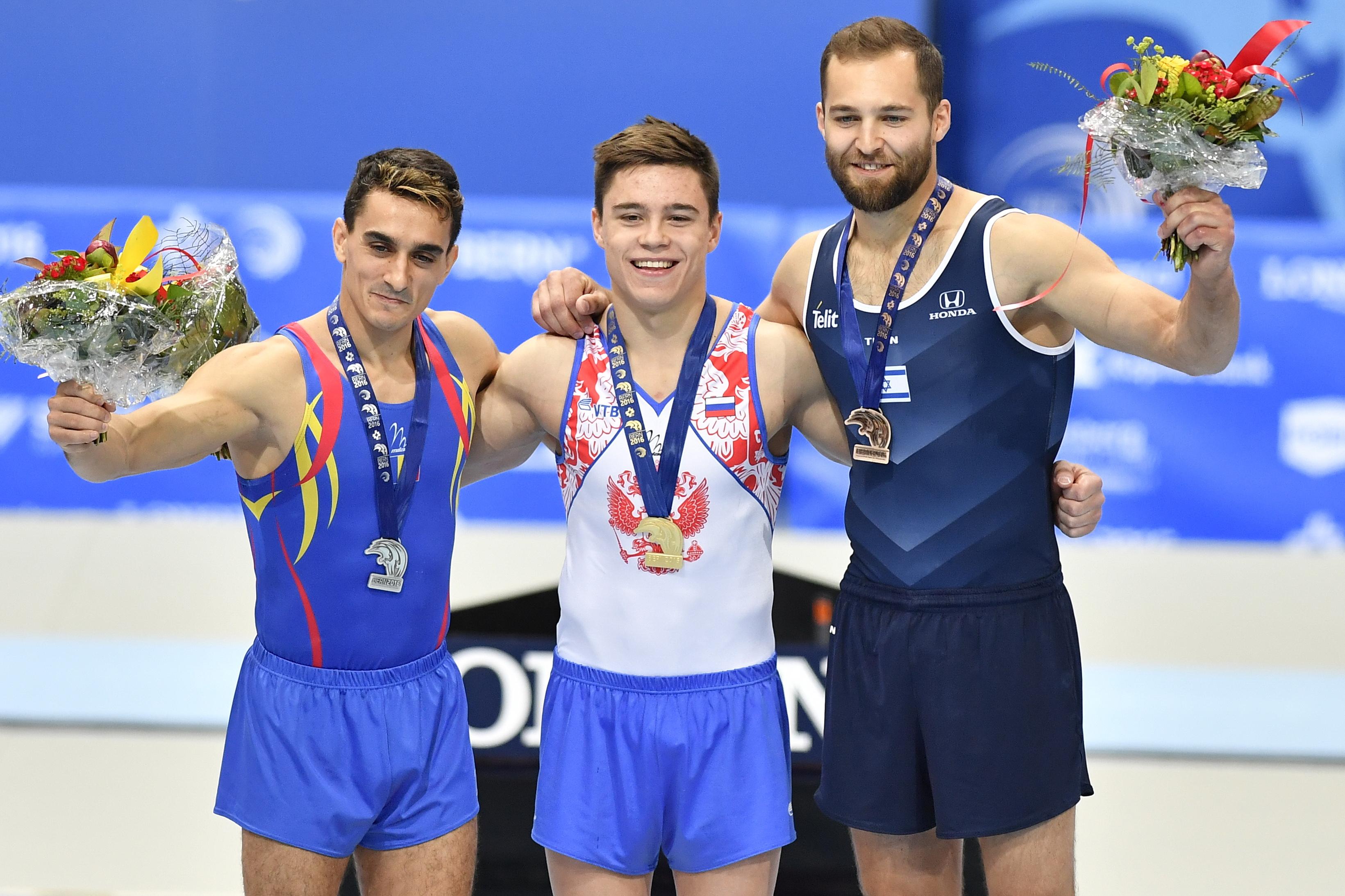 Marian Dragulescu, medaliat cu argint la sol si sarituri la Campionatele Europene de gimnastica artistica masculina din Berna