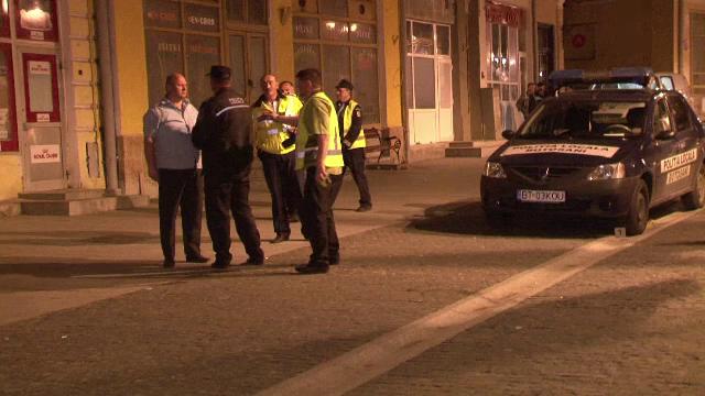 Fetita din Botosani, lovita pe o trecere de pietoni de o masina de politie. Ce a patit politistul care a produs accidentul