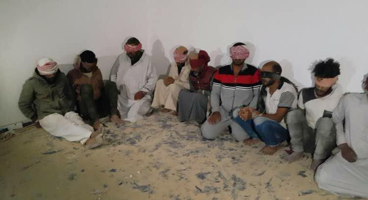 Unul dintre cei mai periculosi teroristi ISIS, capturat de beduini. Pedeapsa ingrozitoare pe care ar putea sa i-o aplice