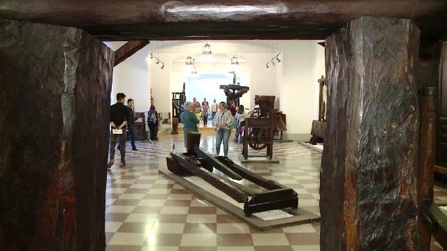 Palatul Culturii din Iasi a marcat un an de la redeschidere printr-o vanatoare de comori. Premiu inedit pentru participanti