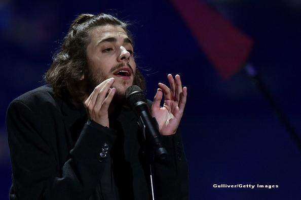 Salvador Sobral, câștigătorul Eurovision 2017, primul clip după transplant
