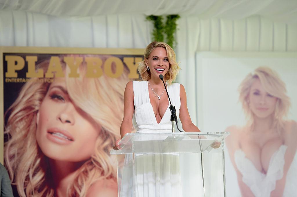 """Dani Mathers, fotomodel al revistei Playboy, condamnata pentru publicarea unei fotografii """"umilitoare"""". FOTO"""