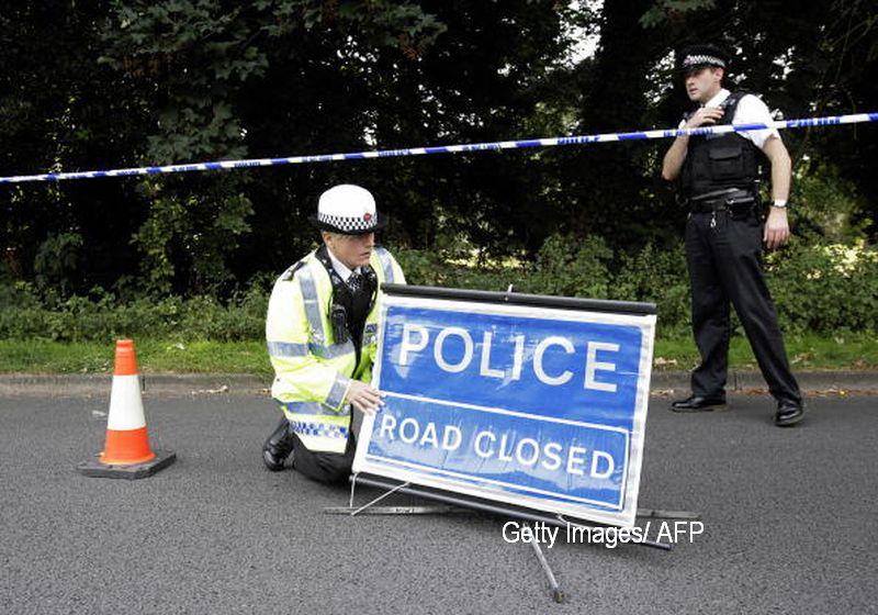 O echipa de genisti a fost trimisa la un colegiu din Manchester. Alarma a fost ridicata, pachetul gasit nu prezenta riscuri