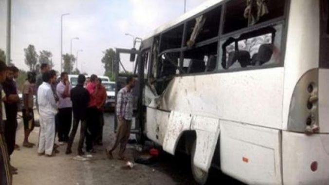 Cel putin 26 de persoane, ucise in Egipt dupa ce mai multi barbati au deschis focul asupra autobuzului in care se aflau