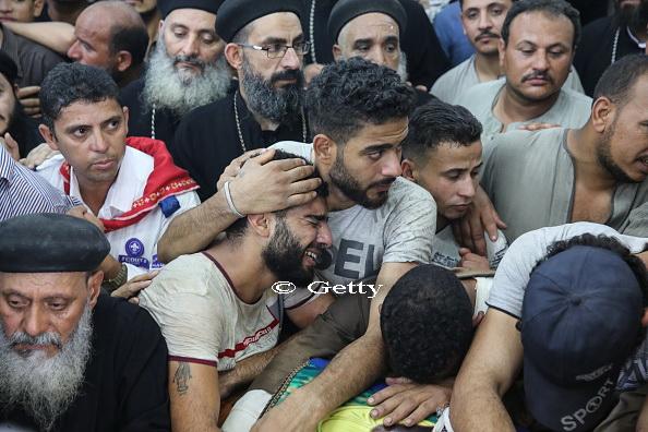 ISIS a revendicat atacul din Egipt, asupra unui autobuz transportand crestini copti. 28 de persoane au murit