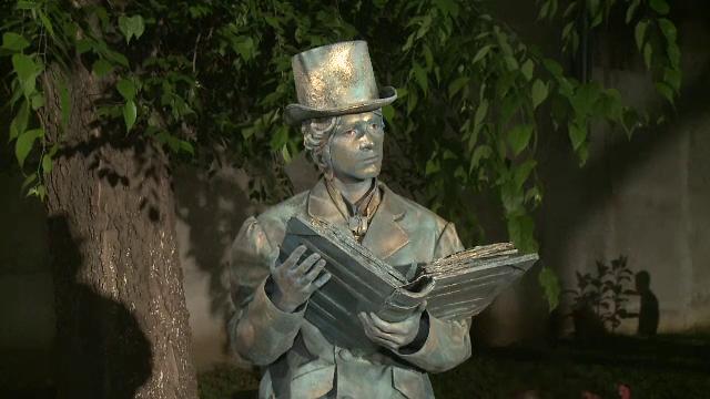 Festivalul International de Statui Vivante, la saptea editie, in Capitala. Spectacolul pus in scena pe Calea Victoriei