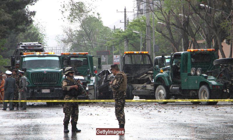 Atac cu masina capcana in Kabul: 80 de morti