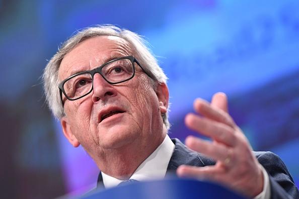 """Juncker îl atacă pe fostul premier britanic, David Cameron: """"Distrugător al erei moderne"""""""