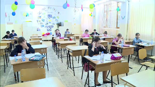 Peste o sută de copii de zece ani au participat la Olimpiada Micilor Bancheri