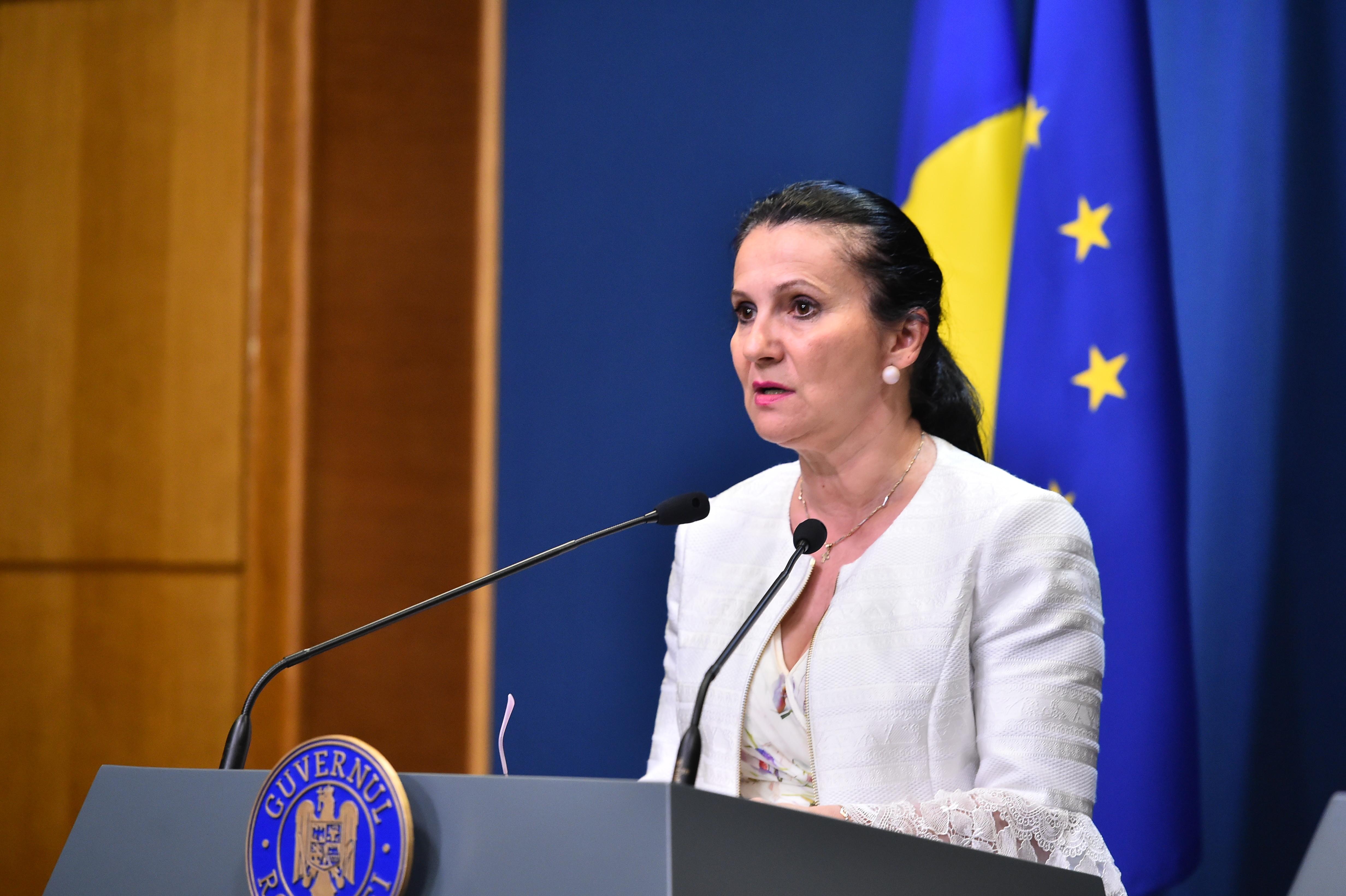 Sorina Pintea, suspectată de corupție în urma unui flagrant. Fostul ministru, adus la Bucureşti