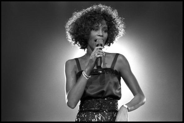 Whitney Houston a fost abuzată sexual în copilărie. Dezvăluiri într-un nou documentar