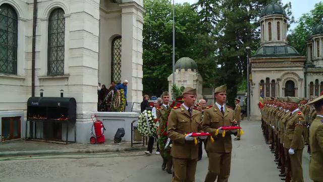 Lucian Pintilie a fost în înmormântat la Cimitirul Bellu cu onoruri militare