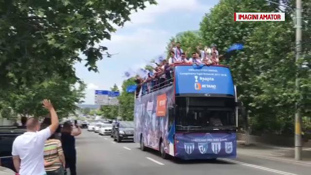 CS Universitatea Craiova a câştigat Cupa României. Echipa, primită de mii de suporteri acasă