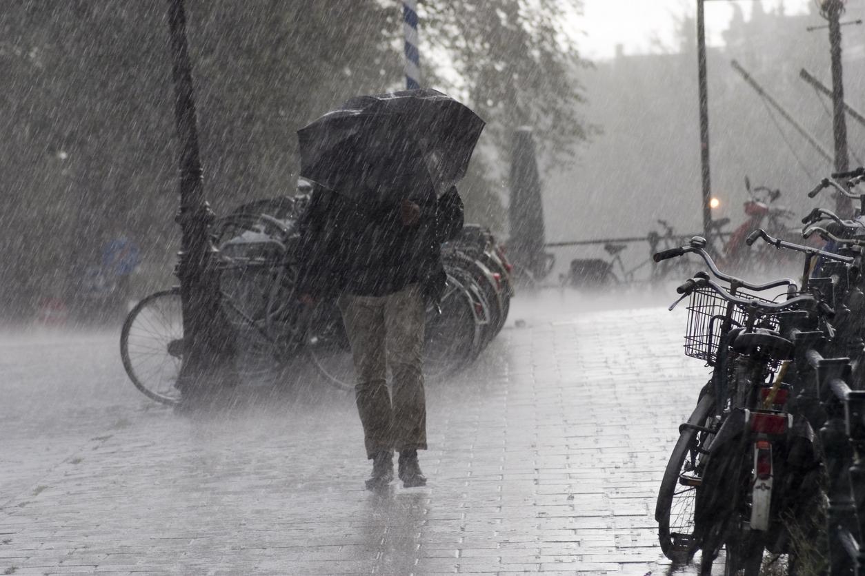 Meteo azi, 17 mai. Prognoza pentru București și țară. Averse zgomotoase în vest