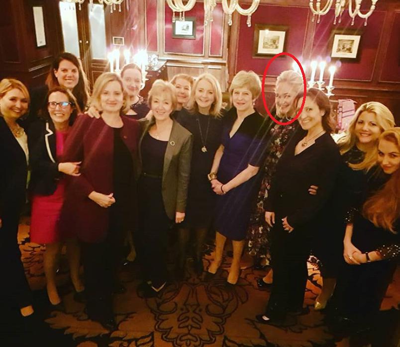 Suma uriasa platita de sotia unui oligarh rus ca sa participe la o cina cu Theresa May
