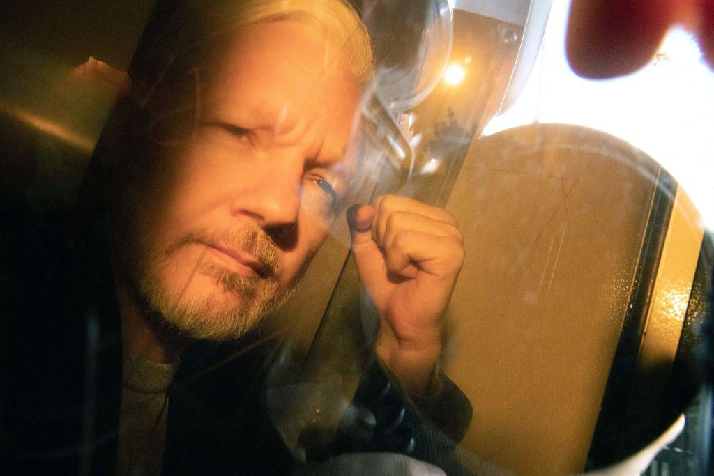 Julian Assange, audiat ca presupusă victimă a unor acte de spionaj