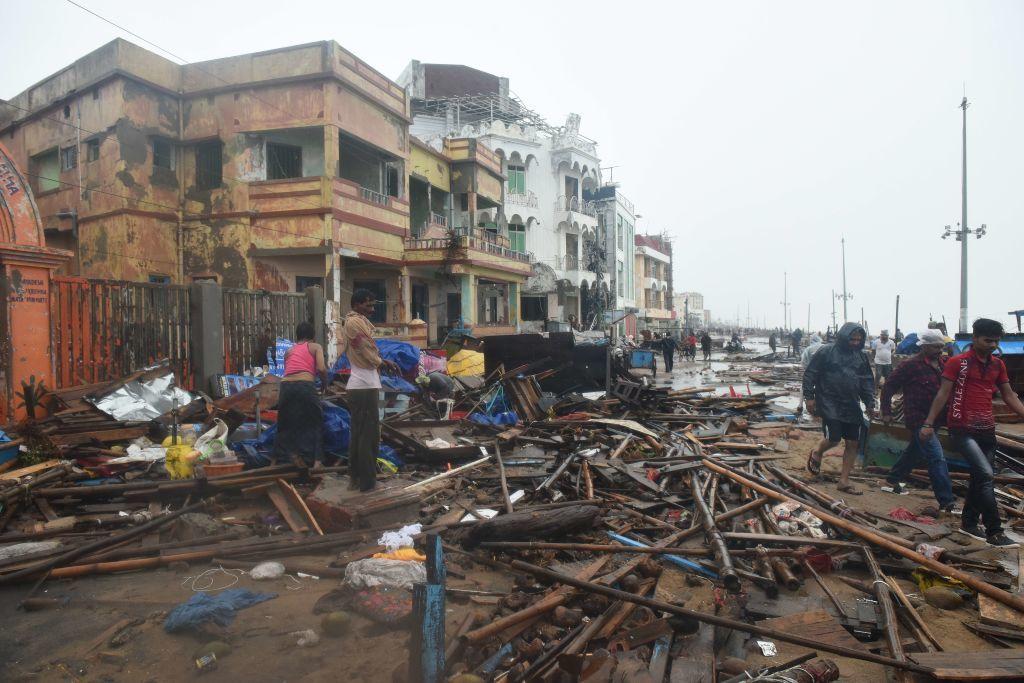 India, lovită de cel mai puternic ciclon din ultimii 20 de ani. Bilanțul e devastator. FOTO