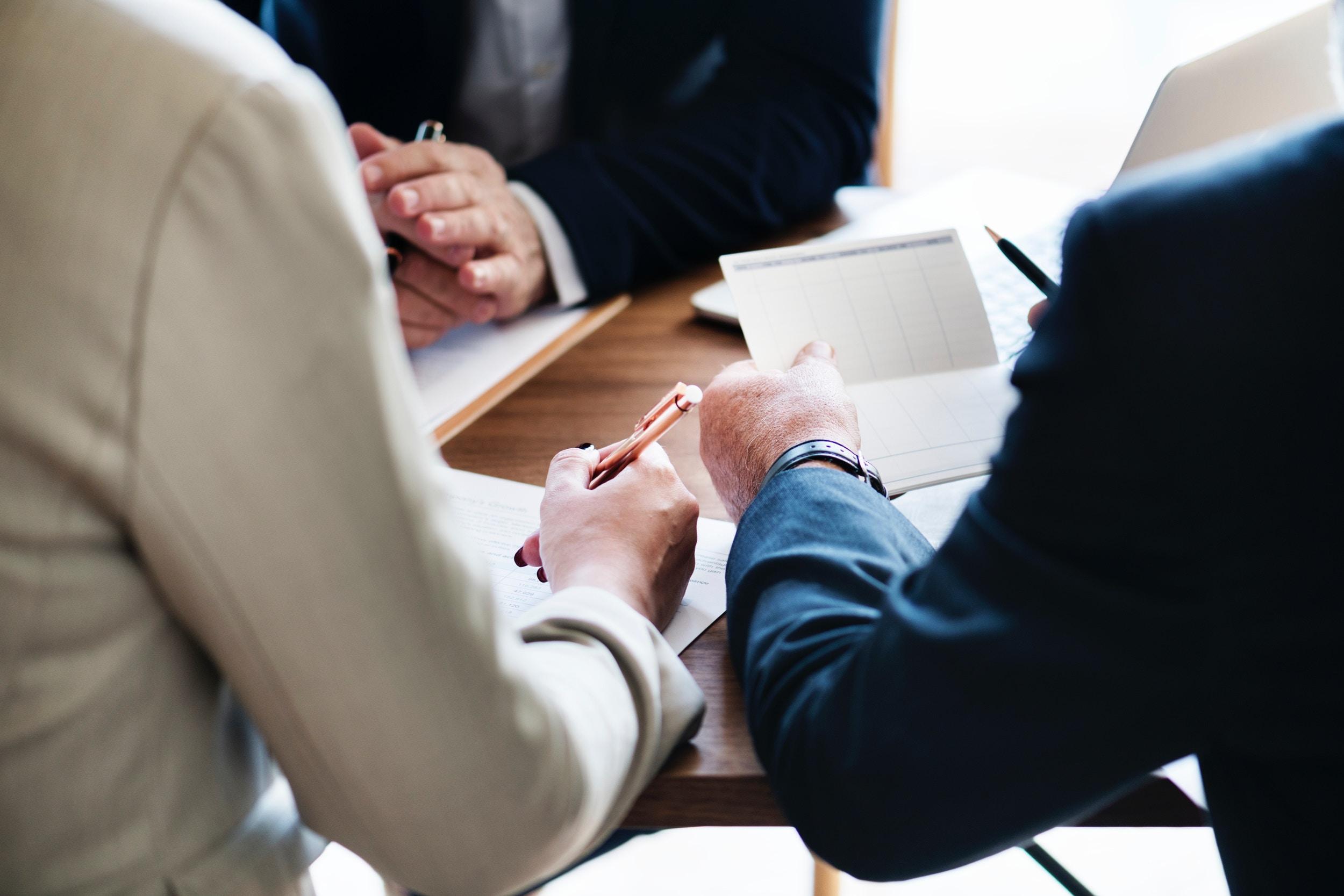 (P) 5 motive pentru alegerea unei firme de servicii funerare din sectorul in care locuiti