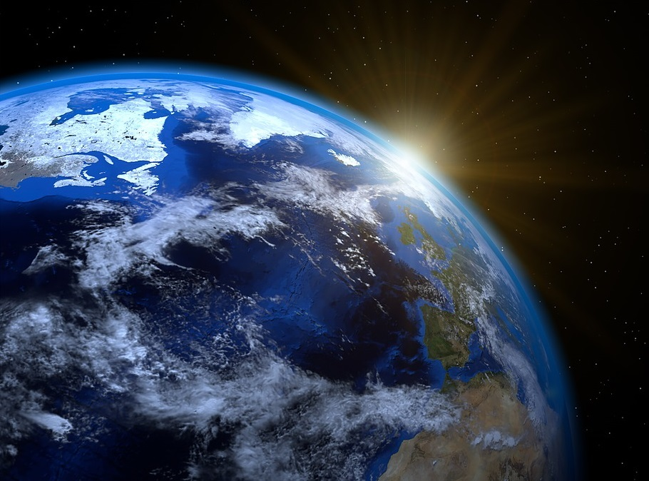 Polul nord magnetic al Pământului se îndreaptă spre Rusia, iar oamenii de știință sunt uluiți