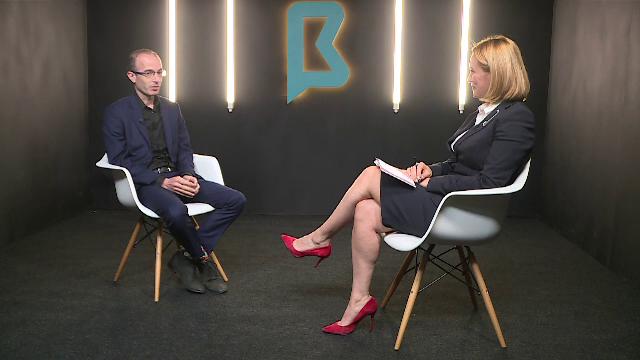 """Andreea Esca, interviu cu Yuval Noah Harari: """"Tehnologiile se vor întoarce împotriva noastră"""""""