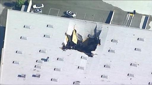 Un avion F-16 al armatei SUA s-a prăbuşit peste o clădire. VIDEO