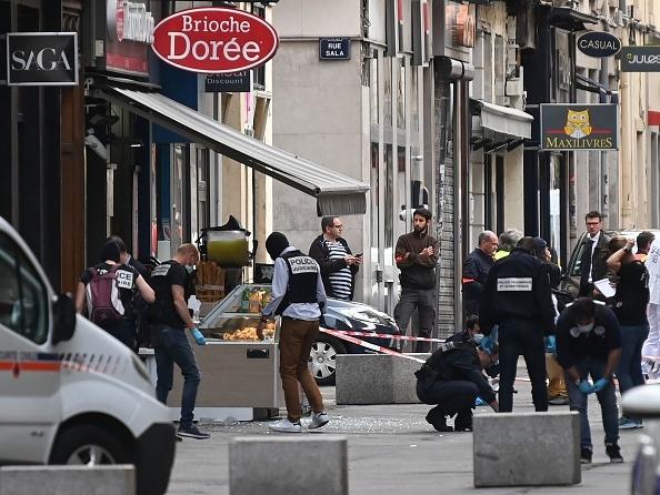 Autorul atacului cu bombă din Lyon jurase credinţă Statului Islamic. Acuzaţiile oficiale