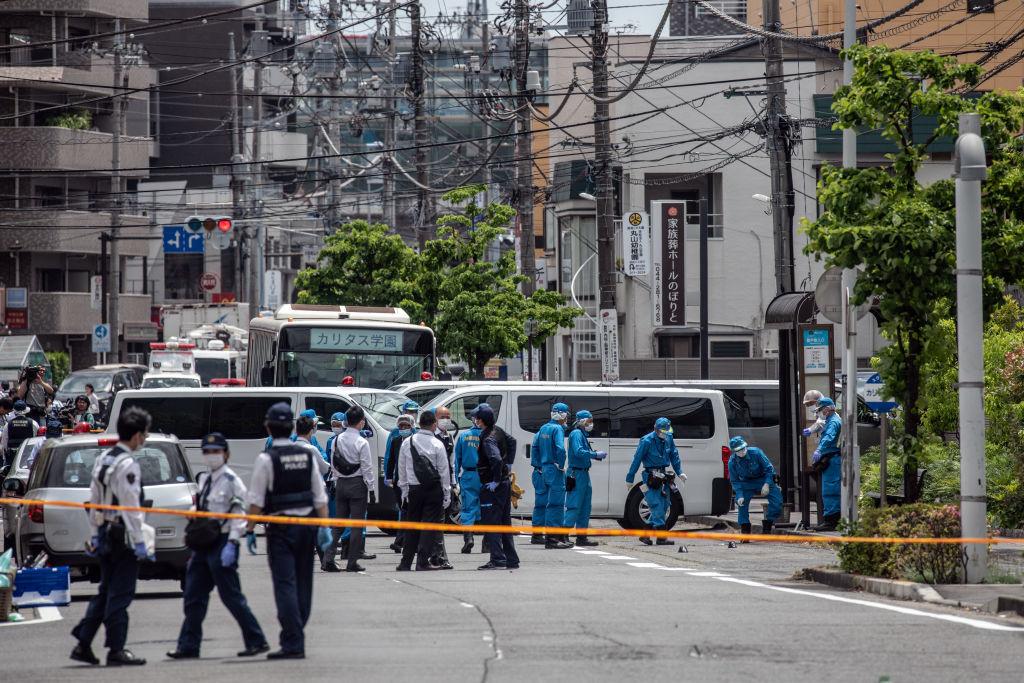 Atac sângeros în Japonia: 16 eleve înjunghiate într-o stație de autobuz. Bilanțul victimelor