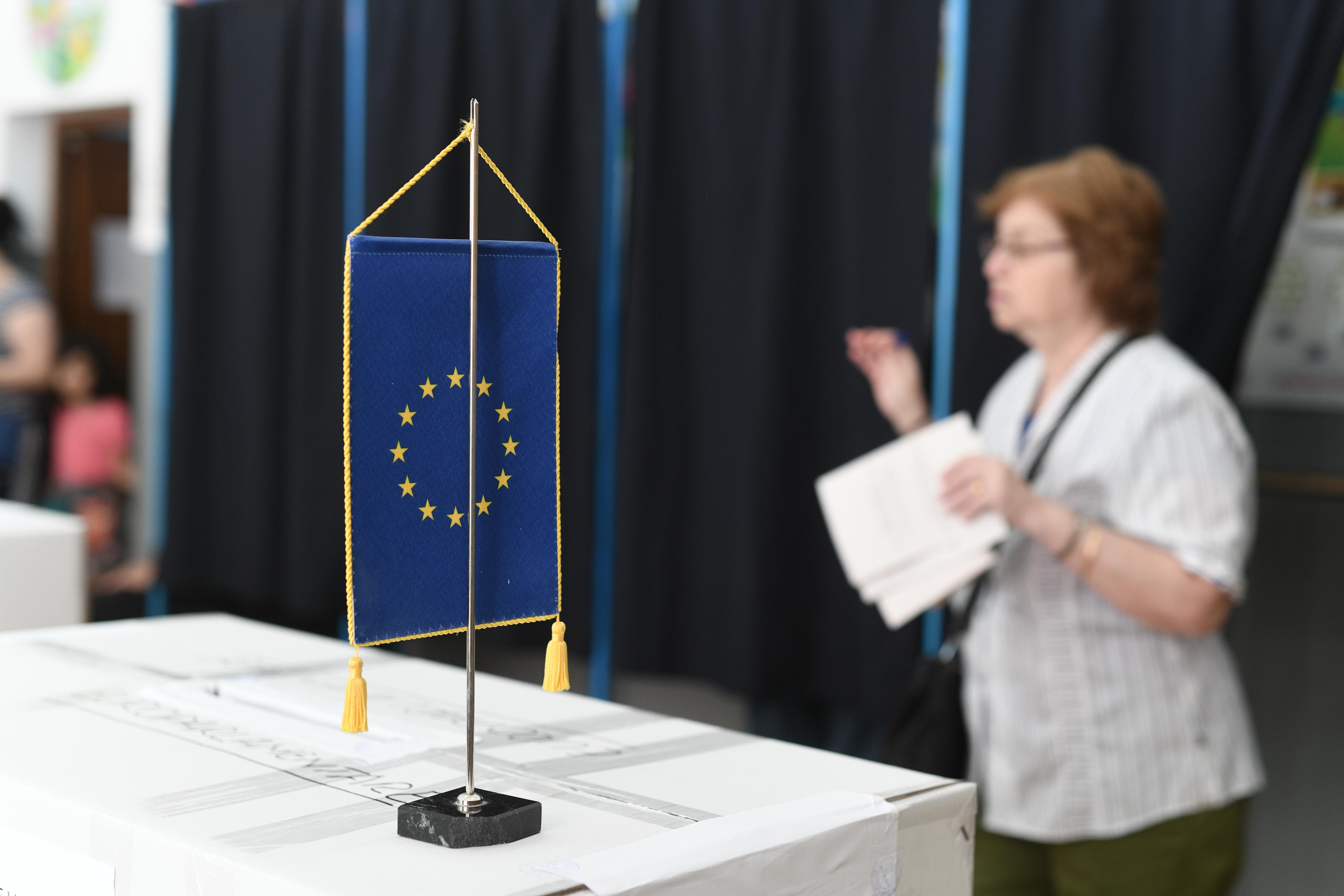 Rezultate parţiale BEC la europarlamentare. PNL mărește distanța față de PSD
