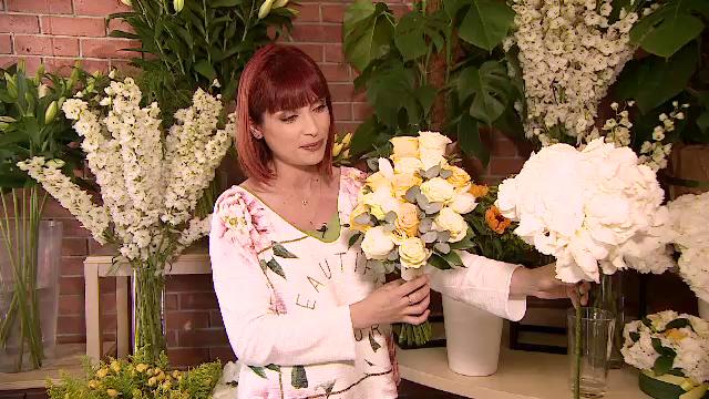 Mii de flori, aduse din Olanda pentru vizita Papei. Varietăţile care nu sunt permise