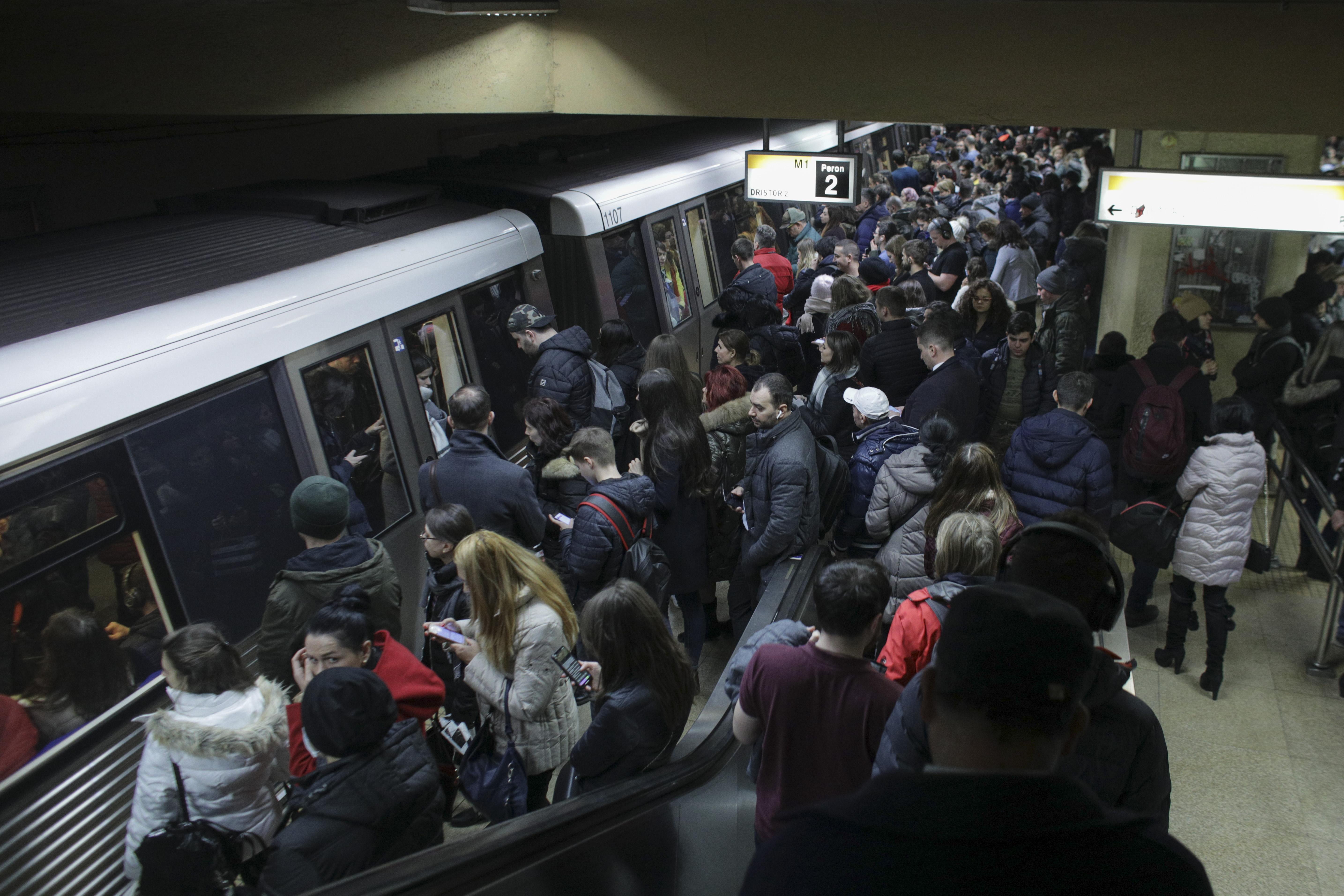 """Ministrul Transporturilor acuză nereguli la Metrorex: """"Sporul de metrou este aplicat abuziv"""""""