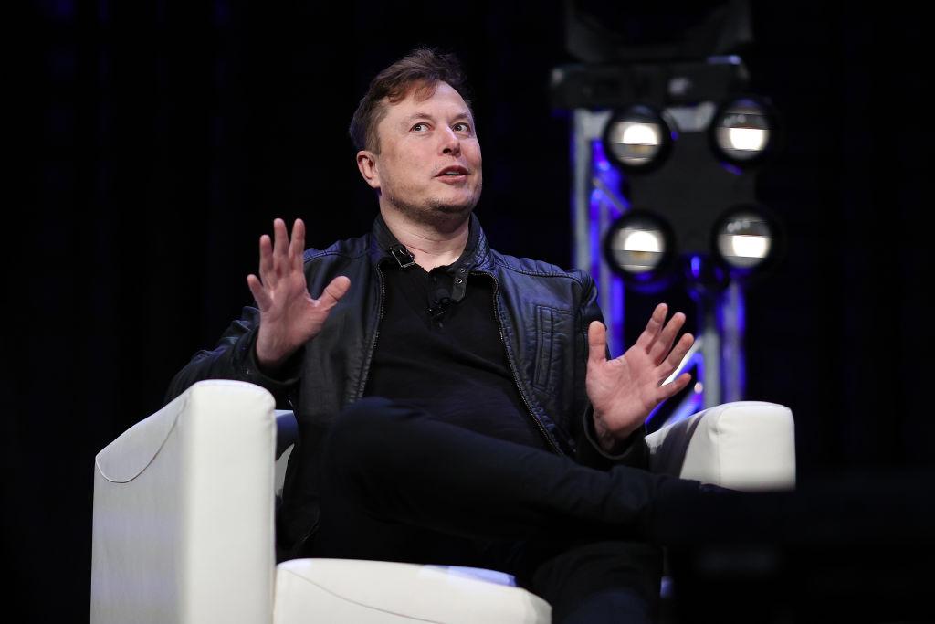 Cu cât a crescut averea lui Elon Musk în 2020. Este al treilea cel mai bogat om din lume, potrivit indexului Bloomberg