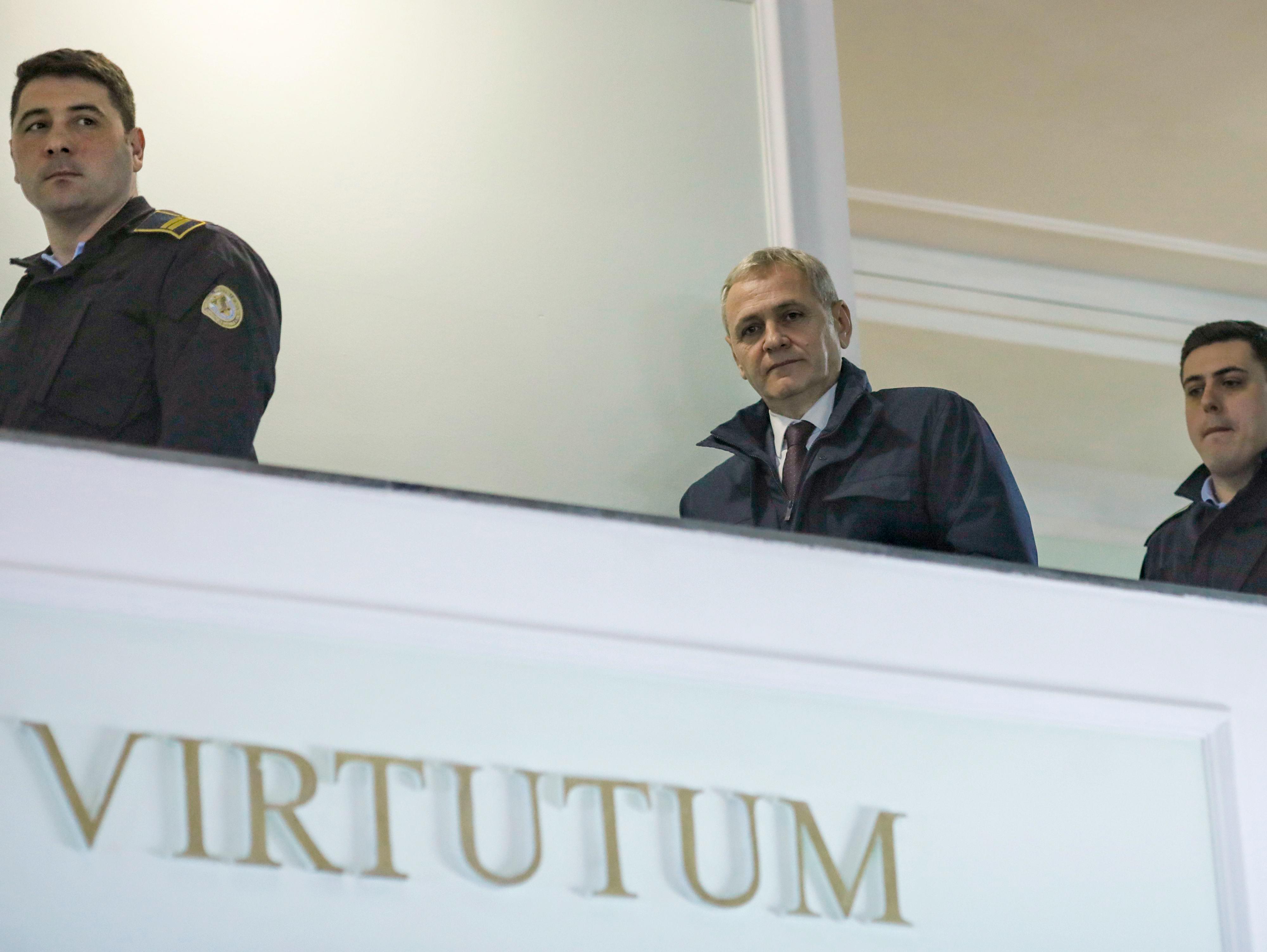 Cererea lui Dragnea de a ieşi din închisoare, plimbată între instanţe. Fostul lider PSD invocă o lege medievală