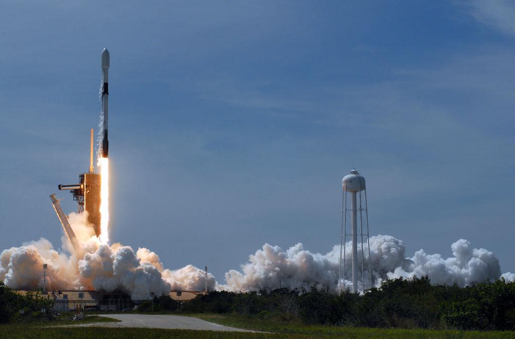 SpaceX a anulat lansarea unei noi serii de microsateliţi Starlink cu 18 secunde înainte de decolare