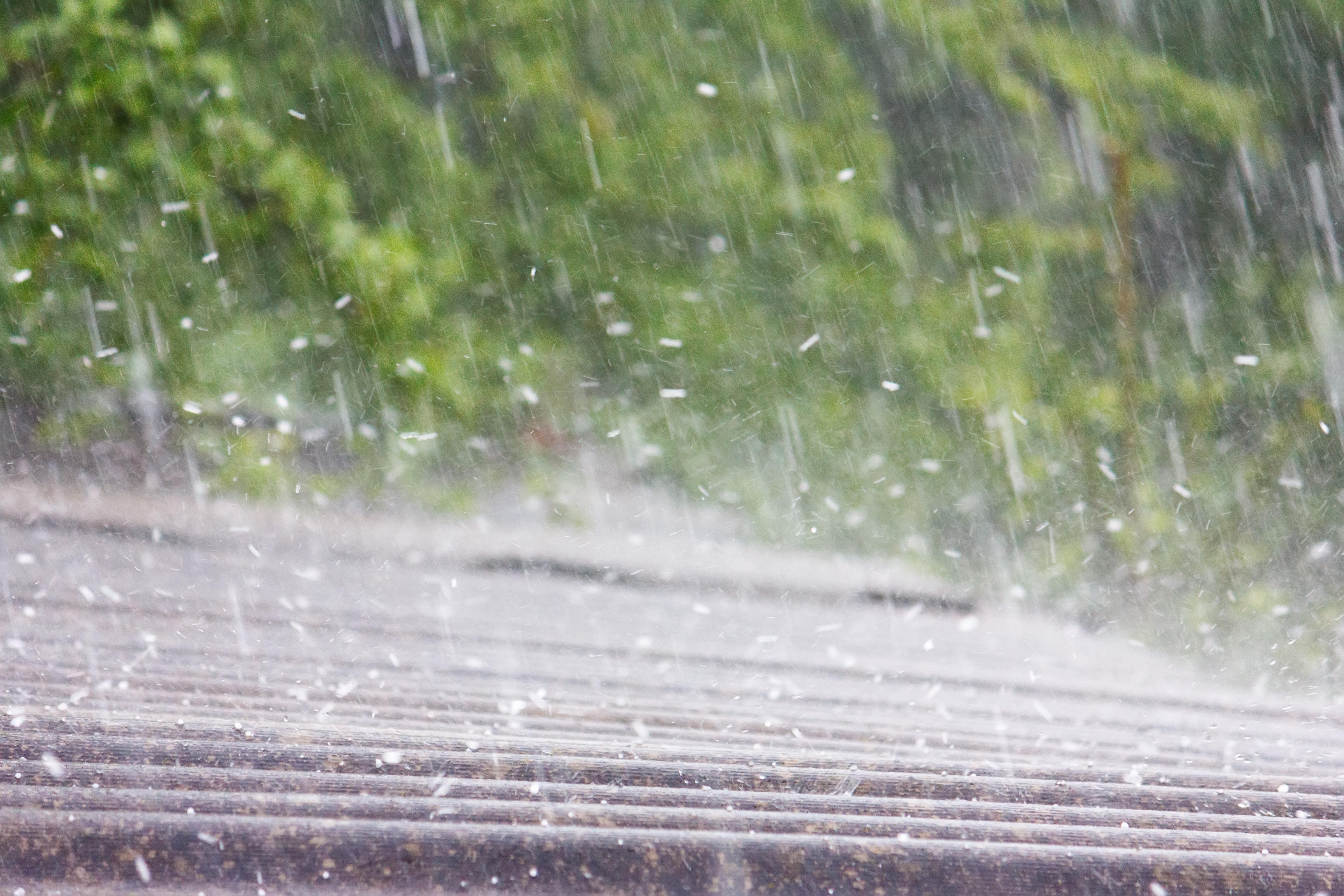 Fenomene meteo extreme în județul Cluj. Zona lovită de ploi puternice și grindină