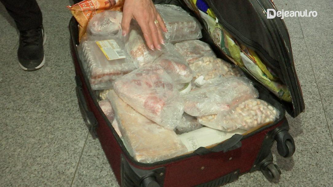 Româncă oprită pe aeroport pentru că avea 42 de kg de carne de miel în bagaj. Unde ducea cantitatea uriașă de mâncare