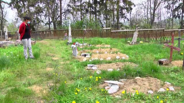 Ce au găsit două surori din Dâmboviţa în cimitir, chiar de Paşte.