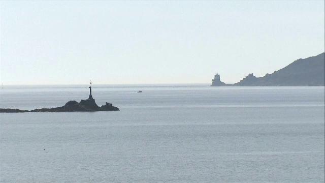 Dispută în apele teritoriale dintre Franța și Marea Britanie. Francezii nu pot pescui în apropierea insulei Jersey