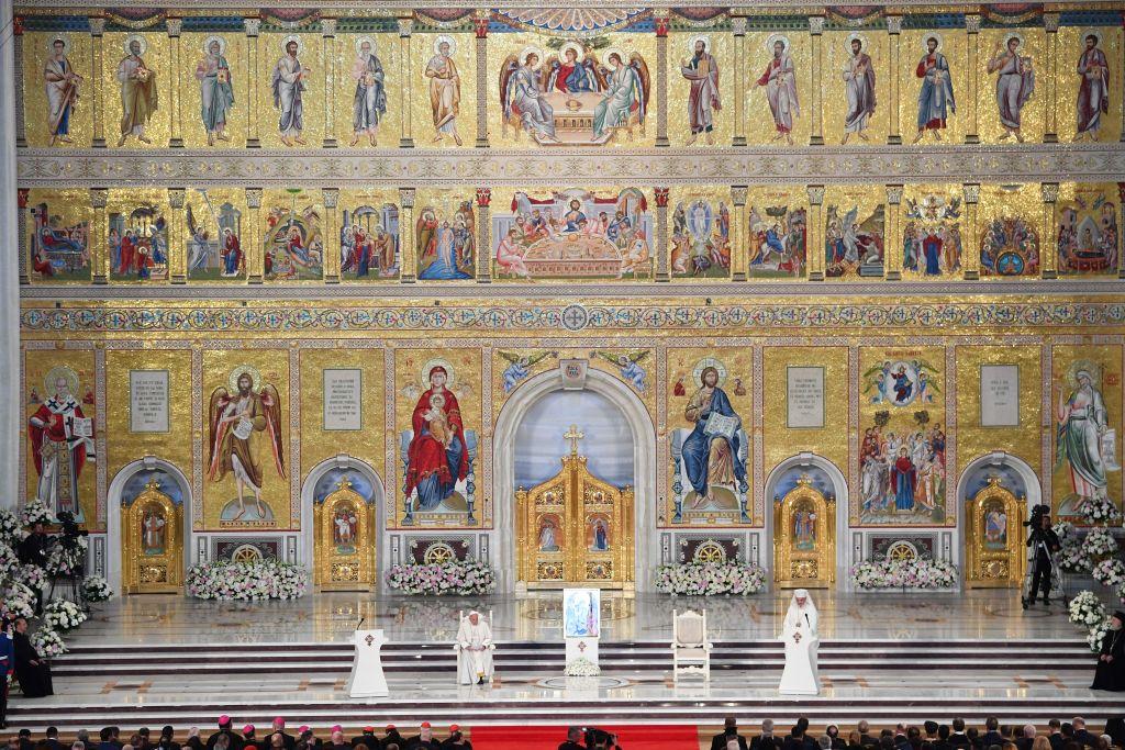 Catedrala Mântuirii Neamului a intrat în Cartea Recordurilor. Are cel mai mare iconostas ortodox din lume