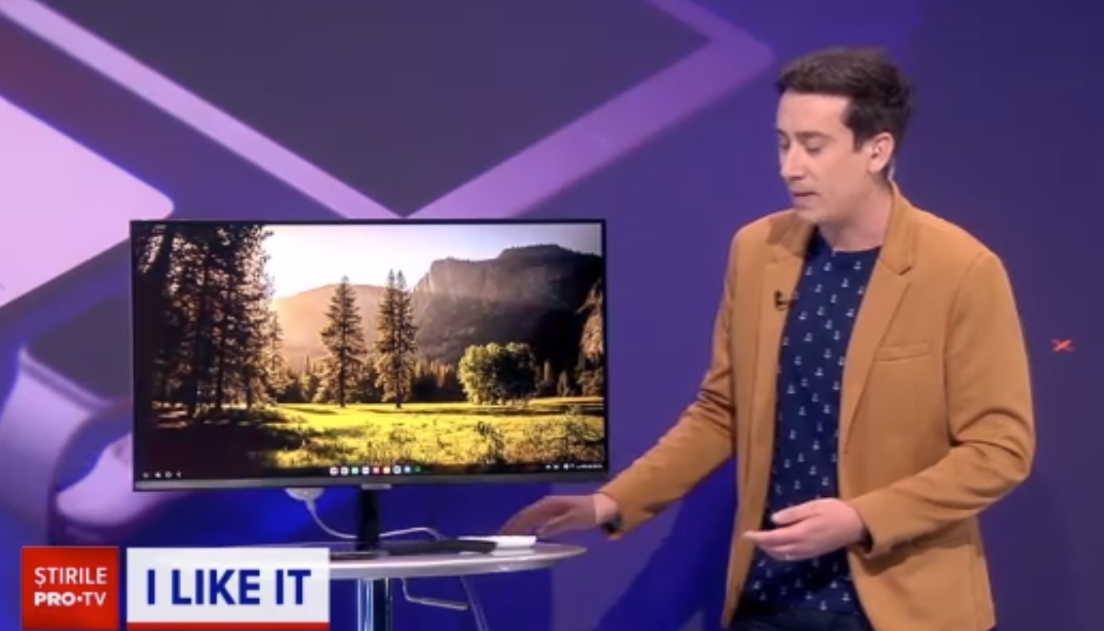 """ILikeIT. Cum poți transforma un televizor obișnuit într-unul """"smart"""", mai performant"""